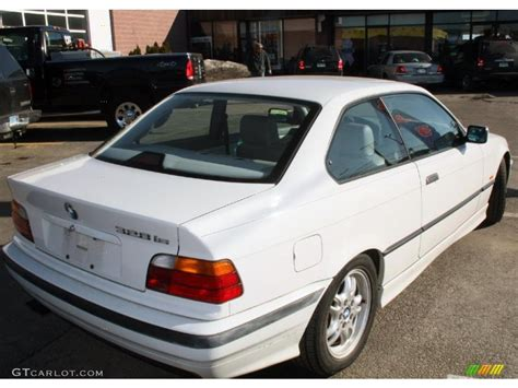 Alpine White 1997 Bmw 3 Series 328is Coupe Exterior Photo
