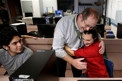 las vegas instructor lands national teachers hall  fame