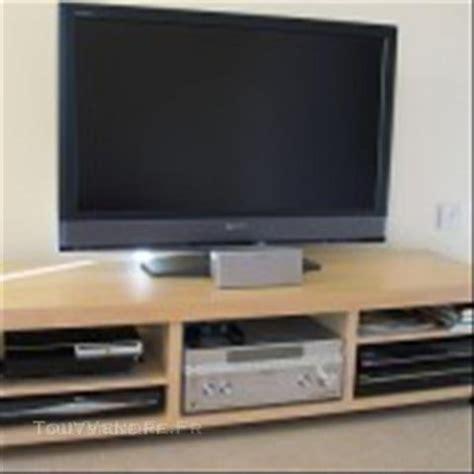 Meuble Tv Bas A Roulette Ikea