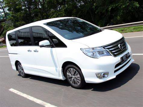 Review Nissan Serena by Test Drive Nissan Serena 2016 Review Mobil123