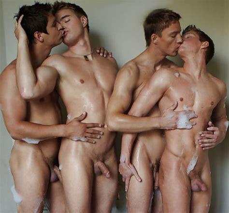 Men The Naked Kiss 59 Pics Xhamster
