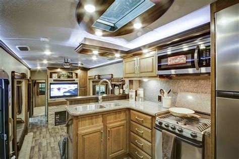 front kitchen 5th wheel 2016 front kitchen montana 5th wheel m o b i l e
