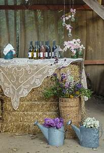 Wedding Guest Seating Chart Ideas 30 Ways To Use Hay Bales At Your Country Wedding Deer