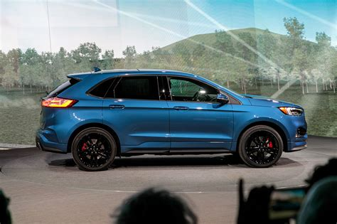 2019 ford edge 2019 ford edge goes st gets mid cycle refresh