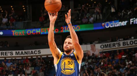 stephen curry  fastest  reach   pointers