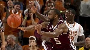 Big Night: Double Basketball Triumph Over Aggies | The Alcalde