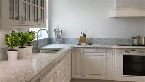 granit blanc cuisine comptoir de cuisine granite au sommet