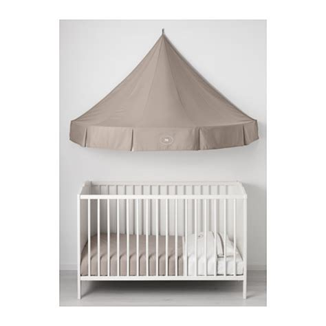 ikea canap駸 ikea charmtroll bed canopy a bed canopy gives privacy and creates a room in room feeling