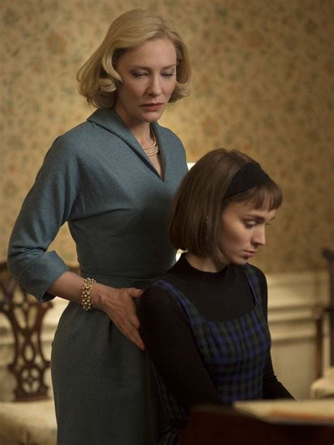 Carol Review Cate Blanchett Rooney Mara Shine In Tale