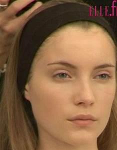 Astuce De Maquillage Pour Les Yeux Marrons : astuce maquillage teint 15 astuces pour corriger le teint elle ~ Melissatoandfro.com Idées de Décoration
