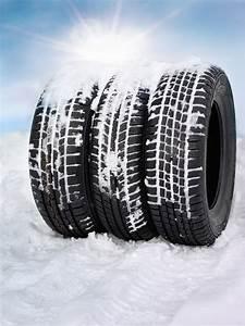 Pneu Neige Moto : comment choisir ses pneus hiver norauto ~ Melissatoandfro.com Idées de Décoration