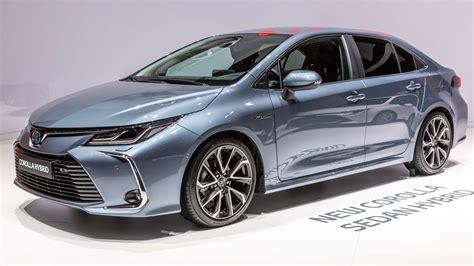 toyota leaf 2020 toyota altis 2020 thailand car review car review