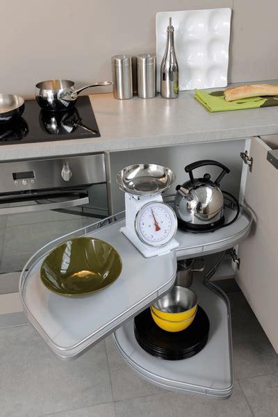 pratique cuisine des rangements malins pour une cuisine pratique inspiration cuisine