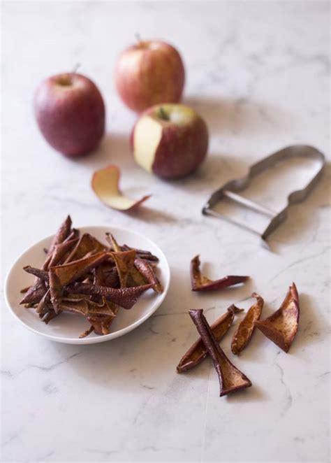 cuisiner les fanes de radis chips de pelures de pommes à la cannelle biodélices