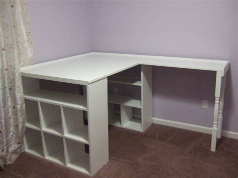 Crafts Desk by As Sweet As Honey Diy Craft Desk
