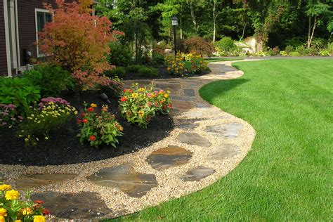 walkway landscape design gravel walkway with flagstone inlay front yard and back yard pinterest gravel walkway