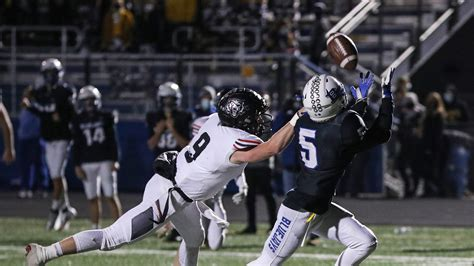 Iowa high school football scores: Finals from the first ...