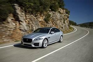 Essai Jaguar Xf : essai jaguar xf 2015 le test de la version diesel de 180 ch photo 1 l 39 argus ~ Maxctalentgroup.com Avis de Voitures
