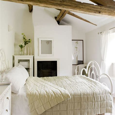 beautiful cottage bedroom design the country cottage style for home inspiration by