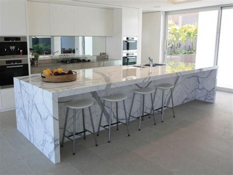 encimeras de cocina isla grande marmol preciosa cocina