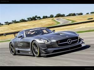 Mercedes Sls Amg 2017 : 2017 mercedes benz sls amg f1 safety car car photos catalog 2018 ~ Maxctalentgroup.com Avis de Voitures