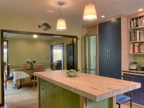Kitchen Island Options: Pictures & Ideas From HGTV   HGTV