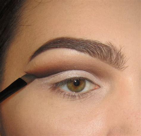 classic cut crease   create  cut crease eye makeup