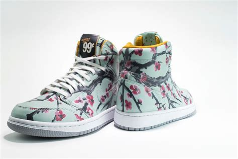 Arizona Iced Tea Is Selling Nike Sneakers Inspired by Its ...