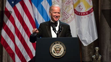 biden joe jokes pick vp trump trumps he abc