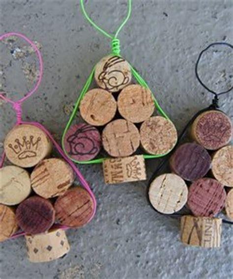 Recyclez vos bouchons, faites des décorations de Noël