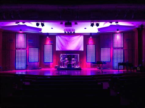 Galley Kitchen Ideas Pictures - the way to make church stage design