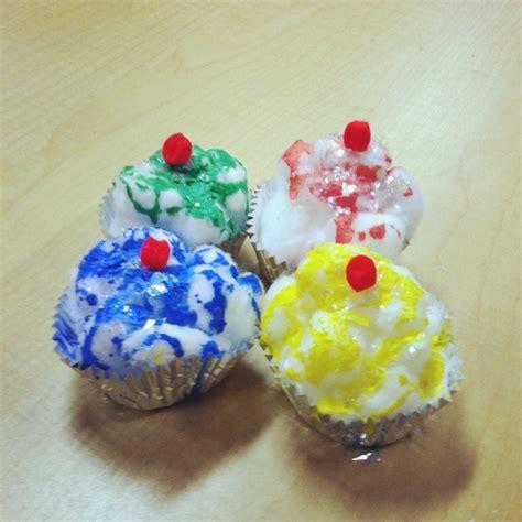 cupcake craft for numeroff s quot if you give a cat a 237 | cbdffd0515ffb12f68462c57eb6f437d preschool books preschool themes