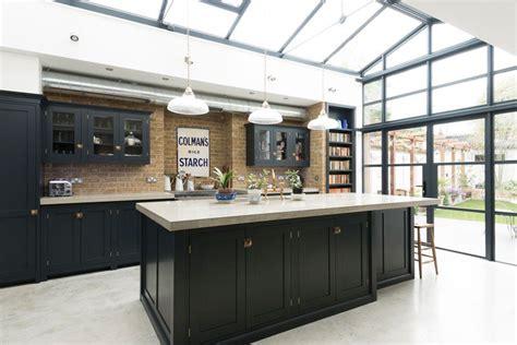 cuisine style atelier industriel verri 232 re ext 233 rieure atelier pour conf 233 rer 224 la maison un