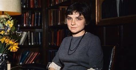 adrienne rich biography childhood life achievements