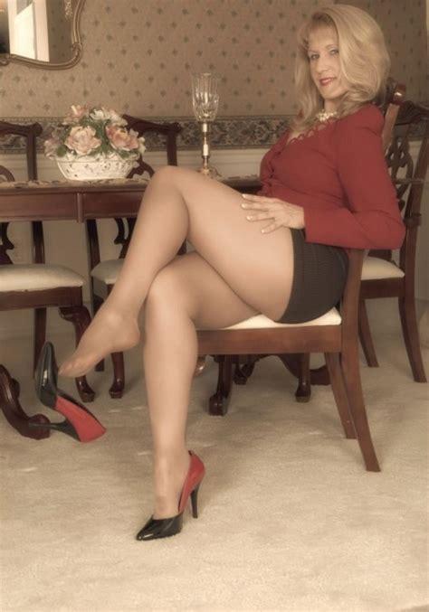 Heels On Milfs 63022 Milf Shoe Dangling In Sheer Pantyhos