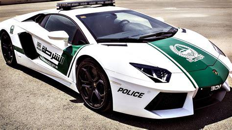 dubai police unveil ferrari  lamborghini patrol cars