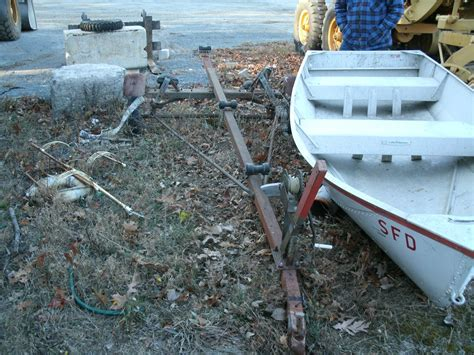 Boat Trailer Inspections Near Me by 15 Foot Aluminum Boat And Trailer For Auction Municibid