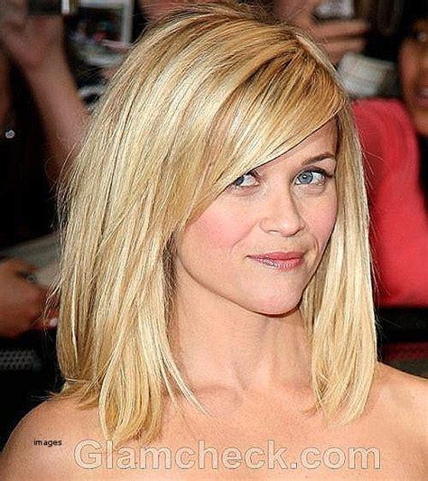 side swept haircut bob haircuts with side bangs and layers haircuts 2824