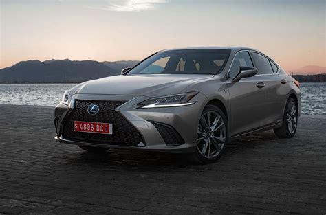 Lexus 300h Reviews by Lexus Es 300h 2019 Review Autocar