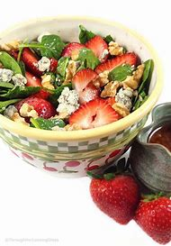 Strawberry Spinach Salad with Blue Cheese