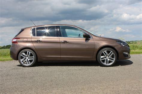 peugeot hatchback 308 peugeot 308 hatchback review parkers
