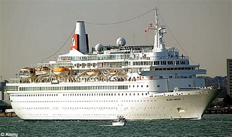 Britons Hit By Cruise Ship Legionnairesu0026#39; Outbreak Heading Home | Daily Mail Online