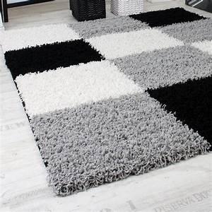 Tapis Shaggy Blanc : tapis shaggy longues m ches hautes carreaux gris noir blanc tous les produits ~ Preciouscoupons.com Idées de Décoration