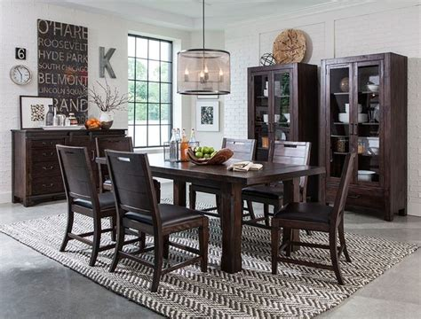 Best 25+ Craftsman Dining Room Ideas On Pinterest