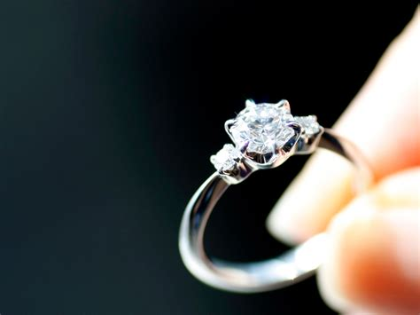 buying a wedding ring with bad credit a bunch of finance guys are whining about buying their