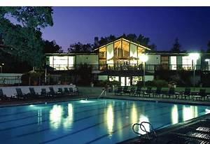 Oak Creek Apartments Stanford R De