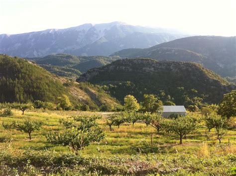 ou se trouve le mont ventoux beaumont du ventoux mont ventoux le guide vert michelin