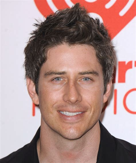 Arie Luyendyk Jr Short Straight Casual Hairstyle   Medium