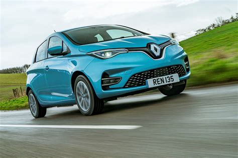 Renault Zoe hits the UK showrooms | Parkers