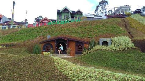 wisata rumah hobbit  indonesia  cocok buat liburan